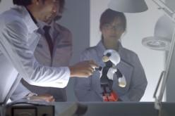 Говорящ космически робот се върна на Земята