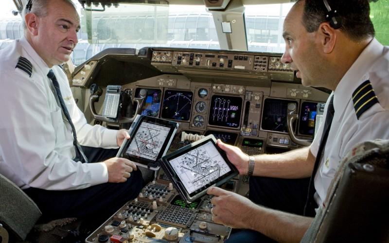 Неработещо iPad приложение отложи десетки полети на American Airlines