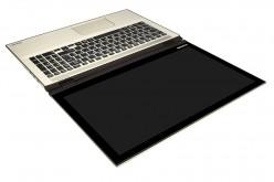 Новият Toshiba Satellite Radius 15 предлага множество режими на работа на по-голям екран