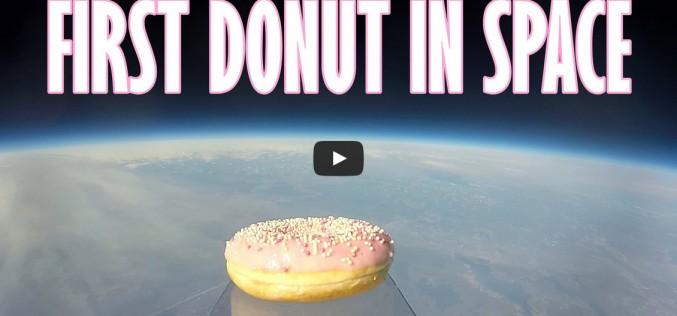 Исторически момент: първата поничка в Космоса