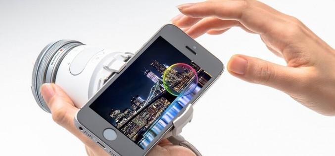 Olympus Air: безогледалнa камера-обектив, контролирана от смартфон