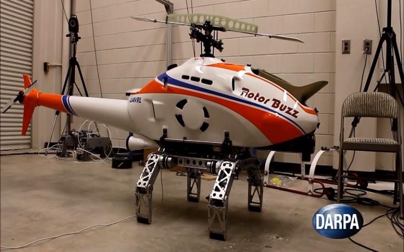 Хеликоптер каца навсякъде чрез роботизиран колесник