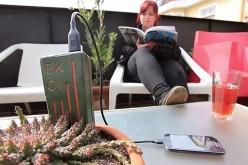E-Kaia използва енергия от растение за зареждане на телефон