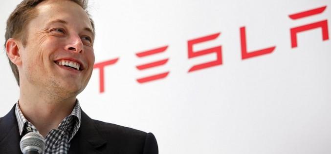 Илон Мъск променя плана за кацане на Марс с капсули Dragon