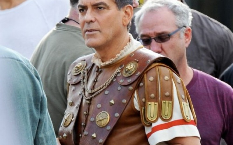 """Джордж Клуни е отвлечен в комедията """"Аве, Цезаре"""""""
