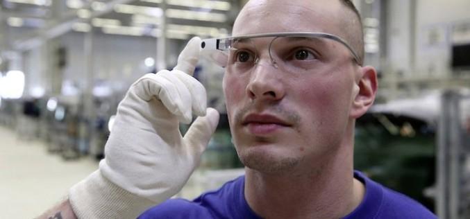 Фолцваген започва да използва умни очила при производството на автомобили