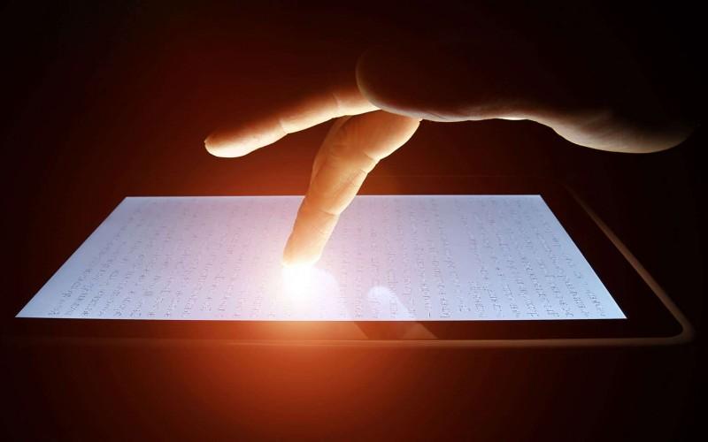 Сензорните екрани – как работи капацитивната технология