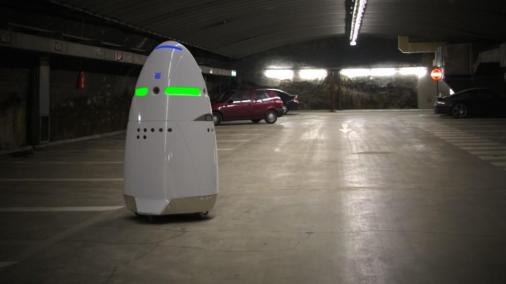 Робот-охранник-03