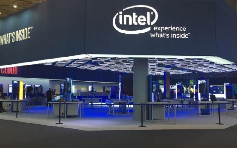 Шефът на Intel продал акциите си в компанията малко след информирането ѝ за проблемите с процесорите ѝ