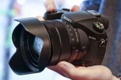 Sony представи RX10 III с нов супер вариообектив