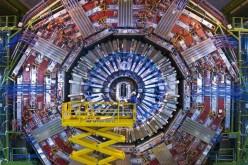 CERN разпространи 300 терабайта данни от Големия адронен колайдер