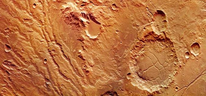 Учените предлагат доказателства за мега цунами на Марс