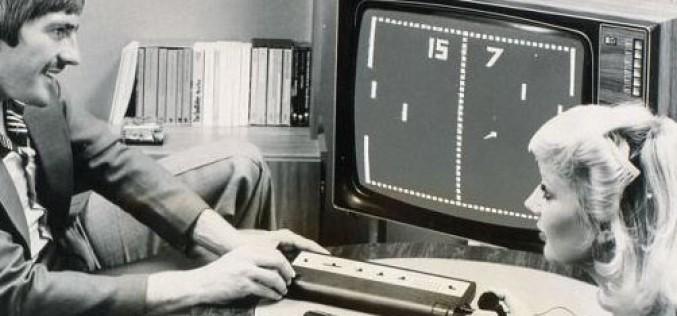 Мъж изгражда зашеметяващо точна механична реплика на видеоиграта Pong