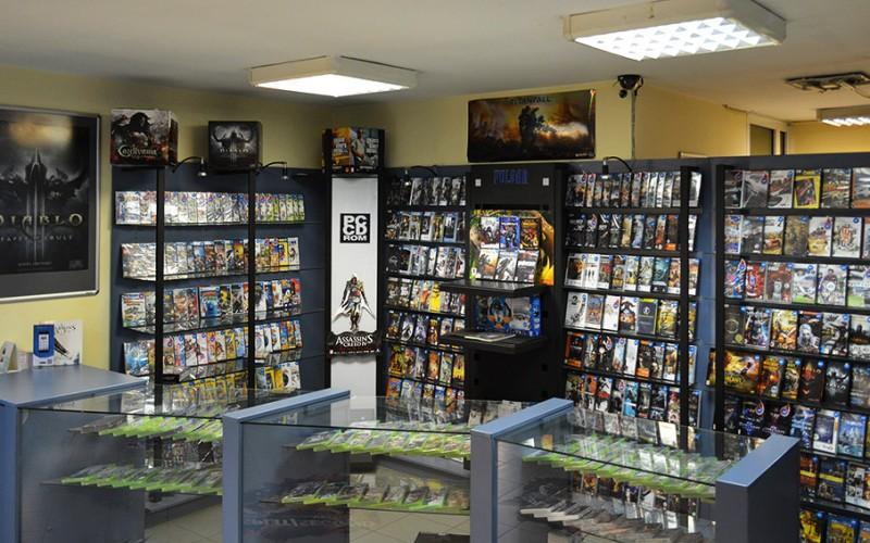 Новата видеоигра Star Wars Battlefront II предлага на геймърите да се превъплътят в командир на Империята