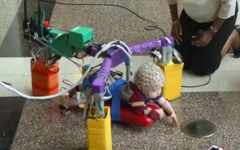 """""""Лазещ"""" робот помага на деца при справянето им с церебрална парализа"""