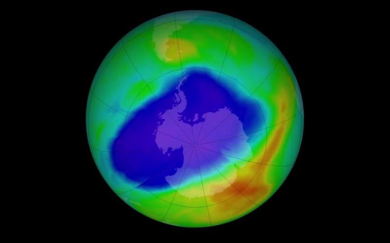 Озоновата дупка се затваря, и то поради нас