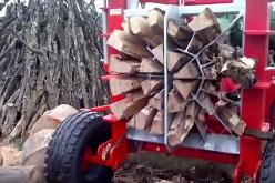 Гигантска машина за цепене на дърва със сила от 200 тона
