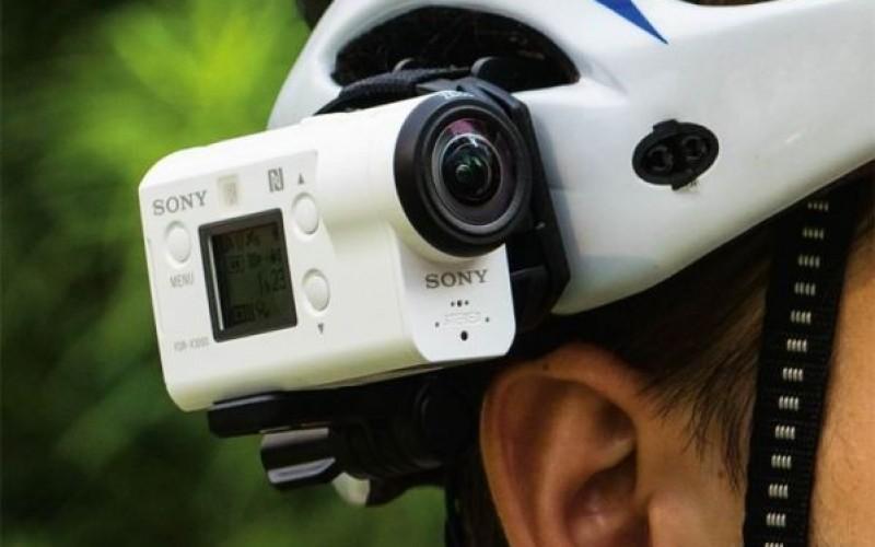 Екшън камерата Sony FDR-X3000R използва стабилизиране на изображението