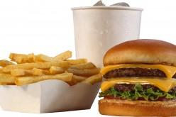 Опасните флуорирани химикали в опаковките на храните може да се процедят в тях