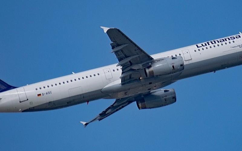 Как да си купим евтини самолетни билети – осем съвета за пътешественици