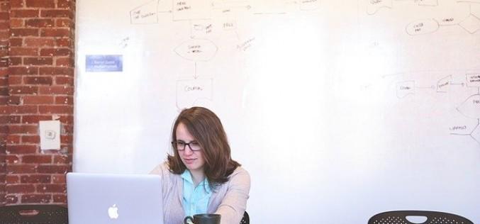 Полезни онлайн приложения за работа от вкъщи