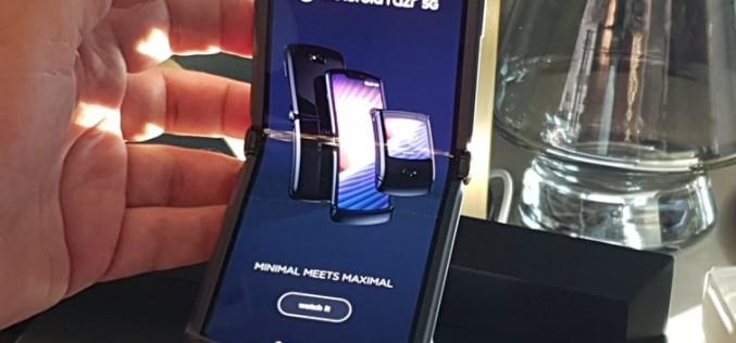 Motorola представи новия си флагман razr 5G на специално събитие
