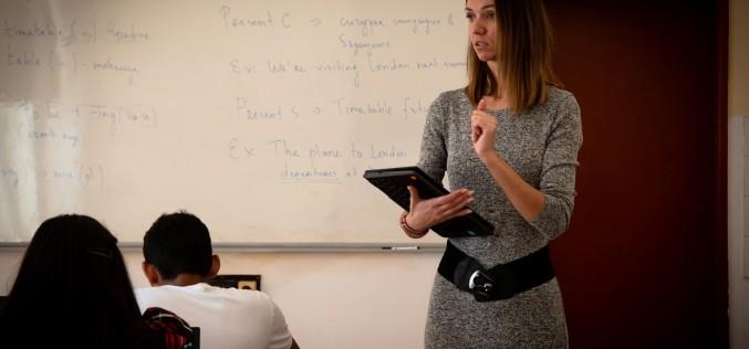 Образователният модел 1:1 повишава интереса на учениците и подобрява учебния процес в класната стая