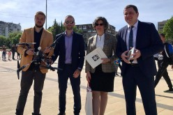 Първият полет на книги с дрон в България се осъществи в Перник по случай 24 май